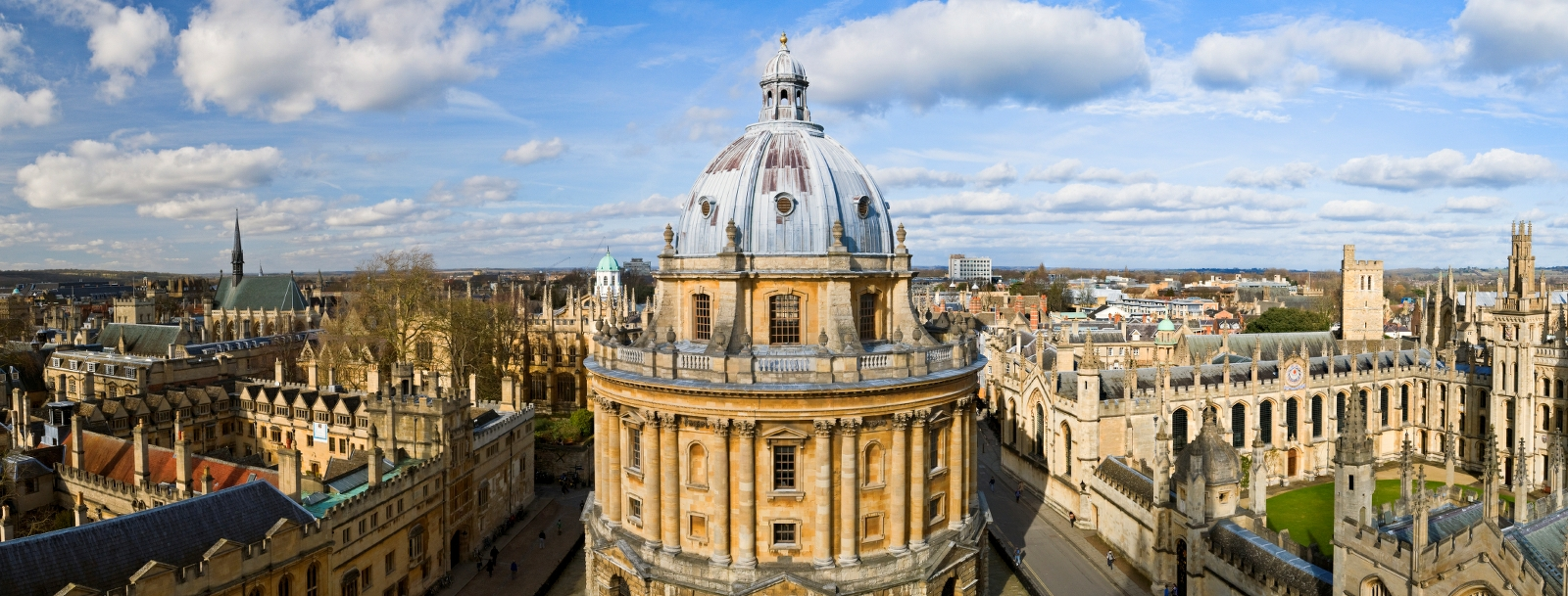 View of the city of Oxford's skyline